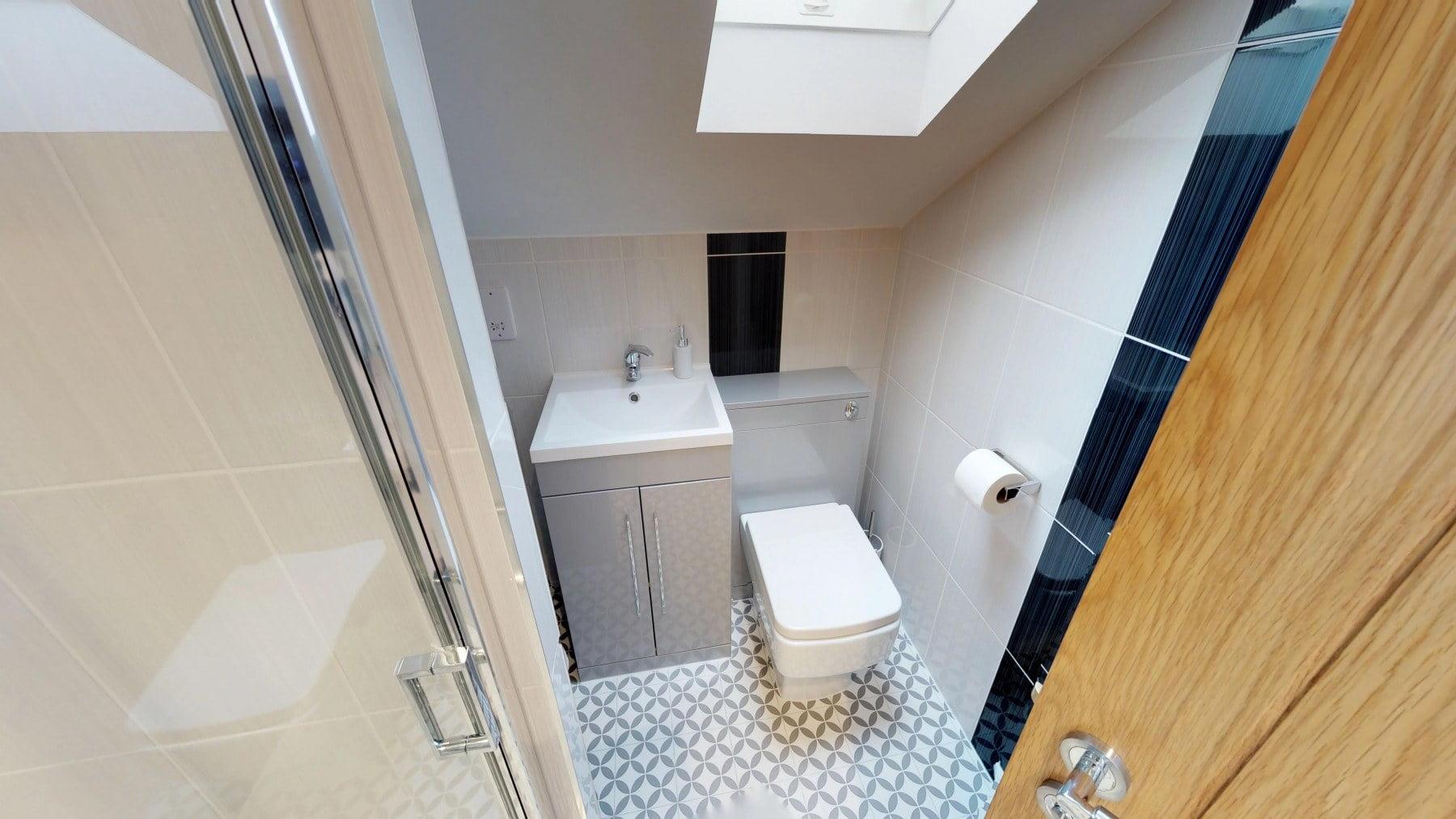 Loft-Pro-Multi-Room-Bungalow-Velux-10022018_164613