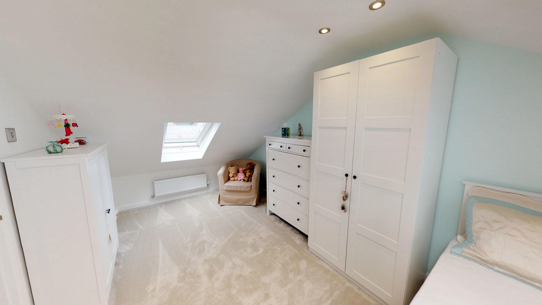 Loft-Pro-Multi-Room-Bungalow-Velux-10022018_170242